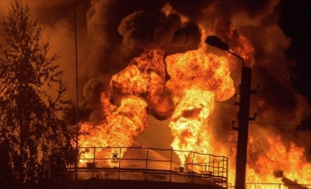 Пожар на нефтебазе БРСМ под Киевом 08.06.2015