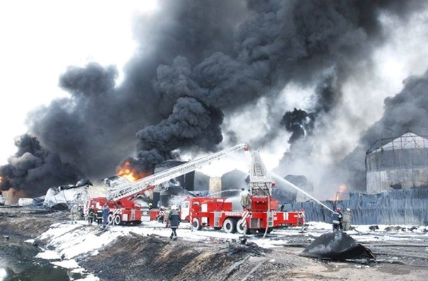 Пожар на нефтебазе БРСМ под Киевом 08.06.2015 2