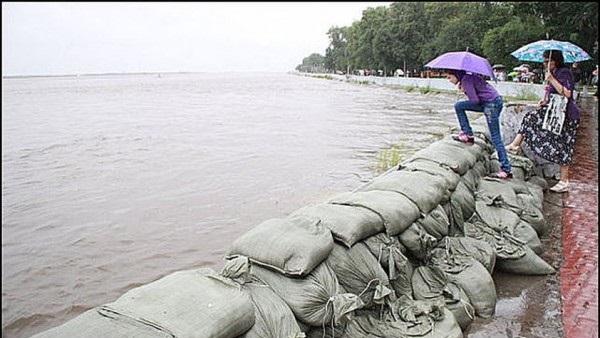 Наводнение превратило Хабаровск в остров2