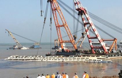 В Китае затонул пассажирский корабль 01.06.2015