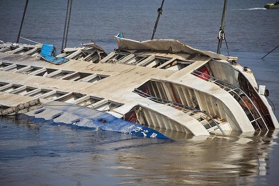 В Китае затонул пассажирский корабль 01.06.20152
