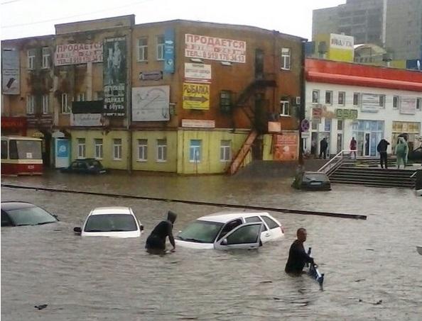 Курск парализован сильным наводнением