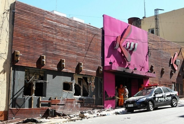 Пожар в Бразильском клубе Kiss: свыше 230 жертв