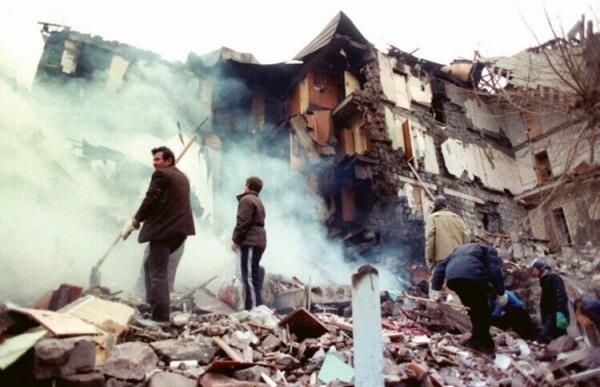 Спитакское землетрясение2
