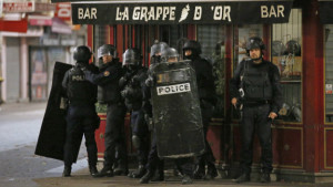151118060315_paris_police_624x351_ap_nocredit