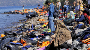 2015-09-18T145005Z_404719407_GF10000211270_RTRMADP_3_EUROPE-MIGRANTS-GREECE-pic905-905x505-33057