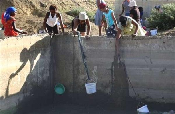 В Кейптауне массово отключают воду, чтобы избежать засухи
