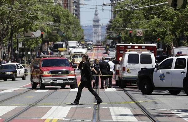 В пригороде Сан-Франциско злоумышленник открыл стрельбу по прохожим