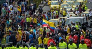 Демонстрации против Убер сервиса в Колумбии