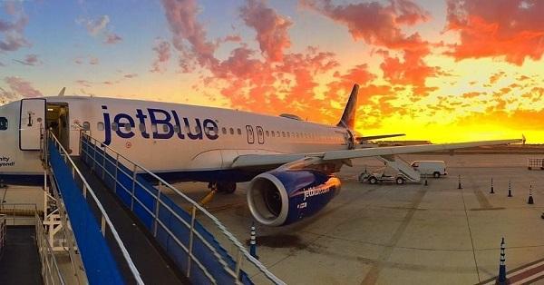 Самолет компании jetBlue