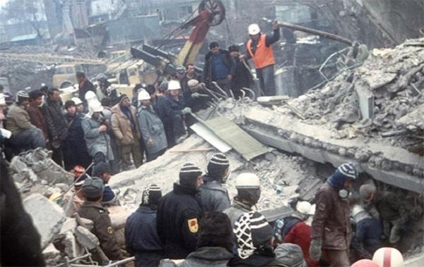 землятрясение в армении
