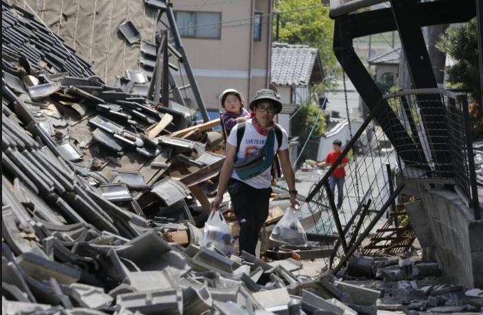 Землетрясение в Японии (Хоккайдо) 06.09.2018 Видео очевидцев
