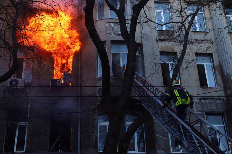 пожар в колледже